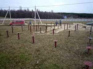 Устройство фундамента на винтовых сваях под индивидуальный дом по технологии СИП (SIP), Московская область.
