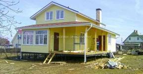Строительство индивидуального жилого дома по технологии СИП (SIP), Московская область. Фундамент на винтовых сваях.