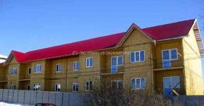 Многоквартирный дом по технологии СИП (SIP), Московская область. Фундамент на винтовых сваях. Обвязка швеллер + брус.